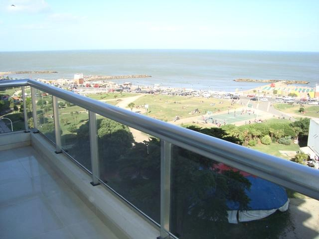 Delfi IV Sea View