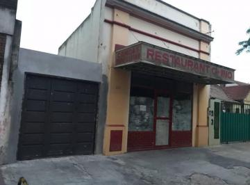 Local comercial · 250m² · 4 Ambientes · 6 Cocheras