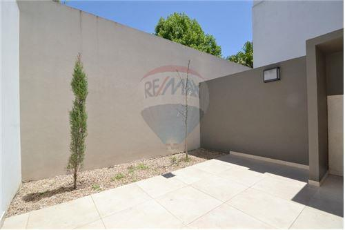 PH Monoambiente con Patio en Devoto 44 m² Sin Exp