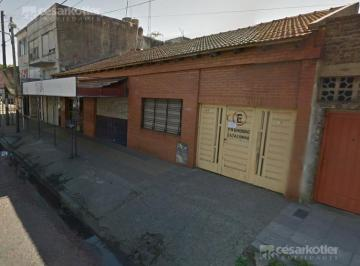 Local comercial · 150m² · 4 Ambientes · 1 Cochera