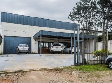 Local comercial · 1000m² · 4 Cocheras