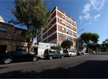 Edificio · 2500m² · 4 Cocheras