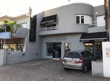 Local comercial · 250m² · 5 Ambientes · 3 Cocheras