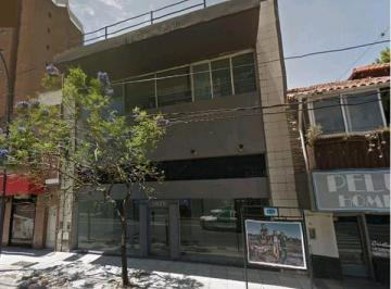 Local comercial · 850m² · 8 Cocheras