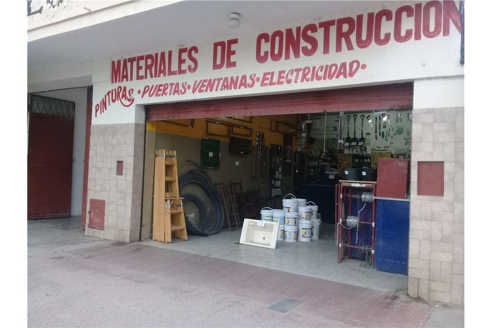 Local comercial · 300m² · 1 Cochera