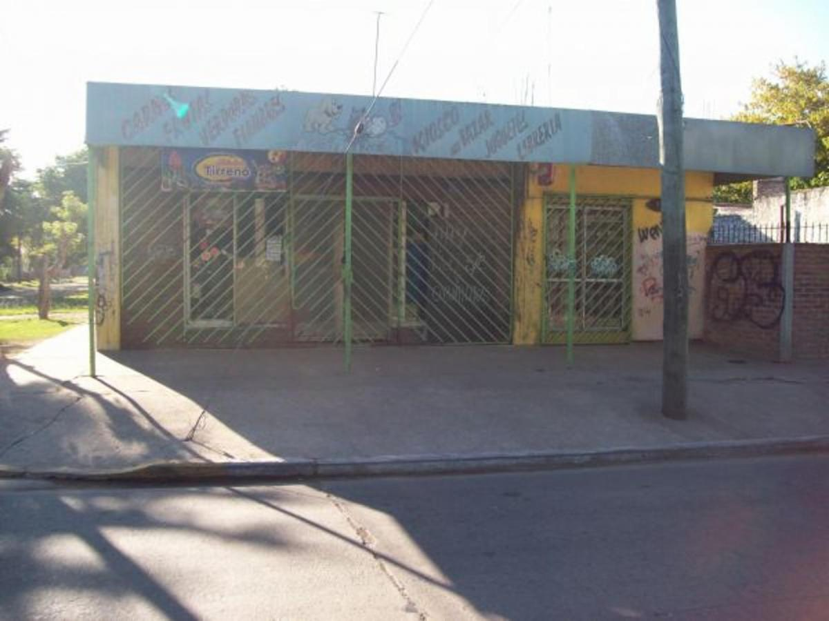 Local comercial , Almirante Brown
