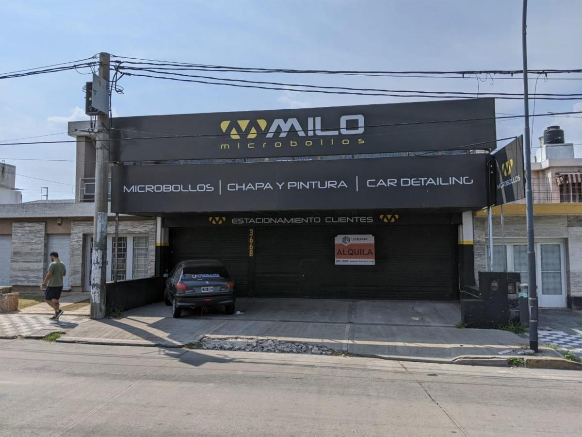 Local comercial · 250m² · 3 Cocheras
